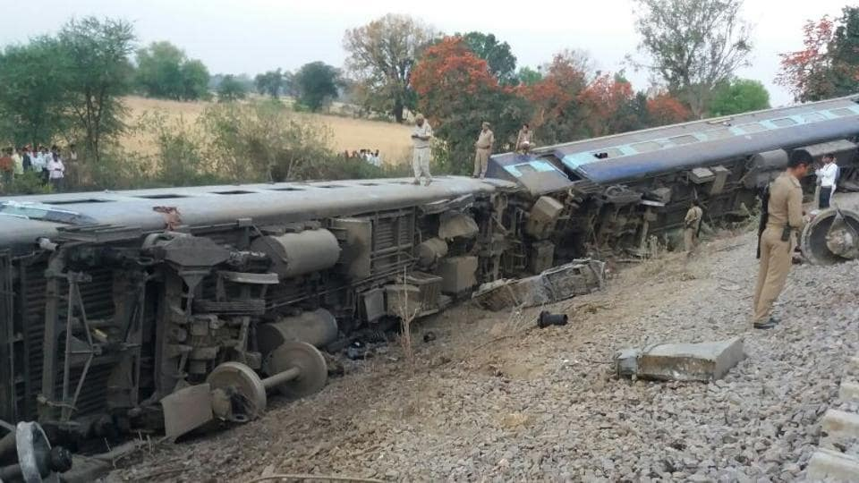 Eight coaches of Mahakaushal Express derailed near Mahoba station in UP.