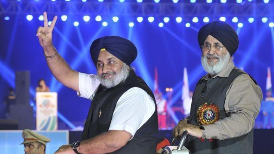 Deputy CM Sukhbir Singh Badal and education minister Daljit Singh Cheems at the inauguration function of the World Kabaddi Cup, at Rupnagar in November 2016.