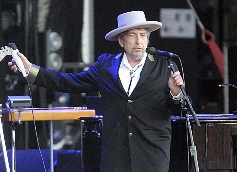 Bob Dylan,Nobel Prize,Triplicate