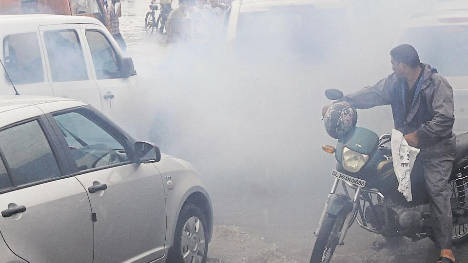 Supreme Court has banned sale of vehicles not compliant with Bharat Stage IV emission standards from 1 April.
