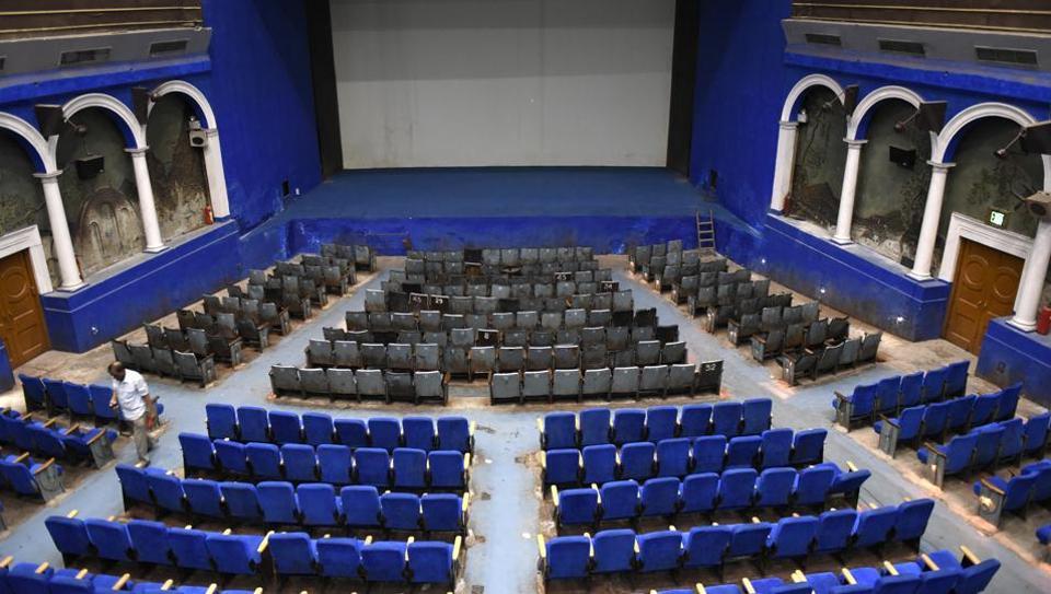 Regal Cinema,Delhi cinema,Single screen cinema