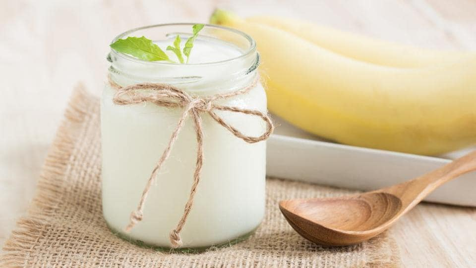 Homemade curd contains the bacteria lactobacillus acidophilus in an optimal measure to boost digestion.