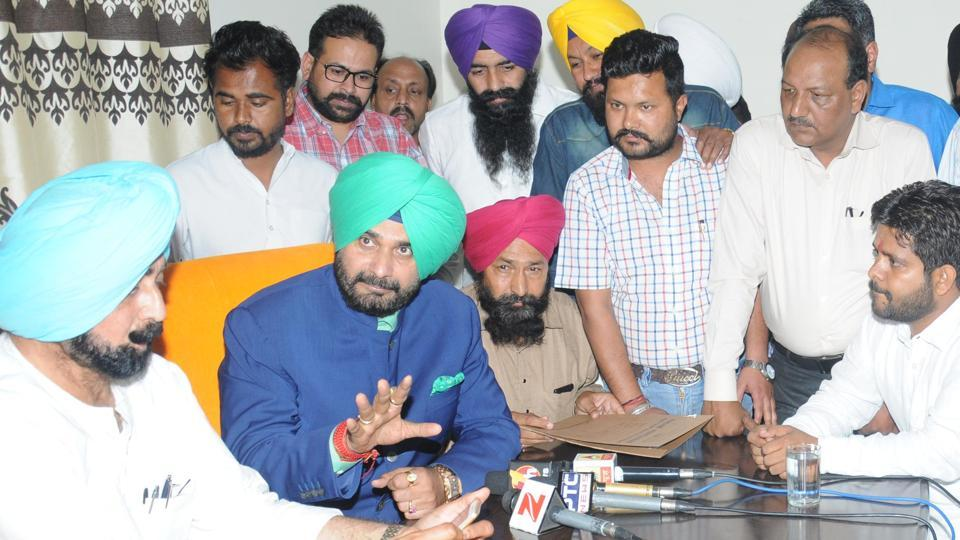 Punjab local bodies minister Navjot Singh Sidhu directed the executive officer (EO) to prepare a plan of all development works which are to be carried out in Nayagaon in the coming year so that all works could be started in time.