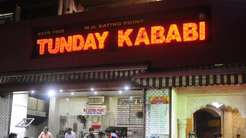 Tunday Kababi served only mutton and chicken kababs during the day.