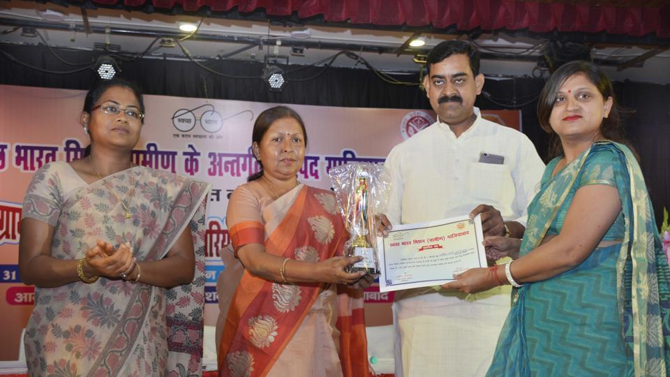 Arunima Tyagi (extreme right) being felicitated by BJPMLADr Manju Shivach (2nd from left) in Ghaziabad on Friday.