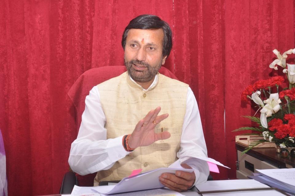Prakash Pant addresses media in Dehradun on Sunday.