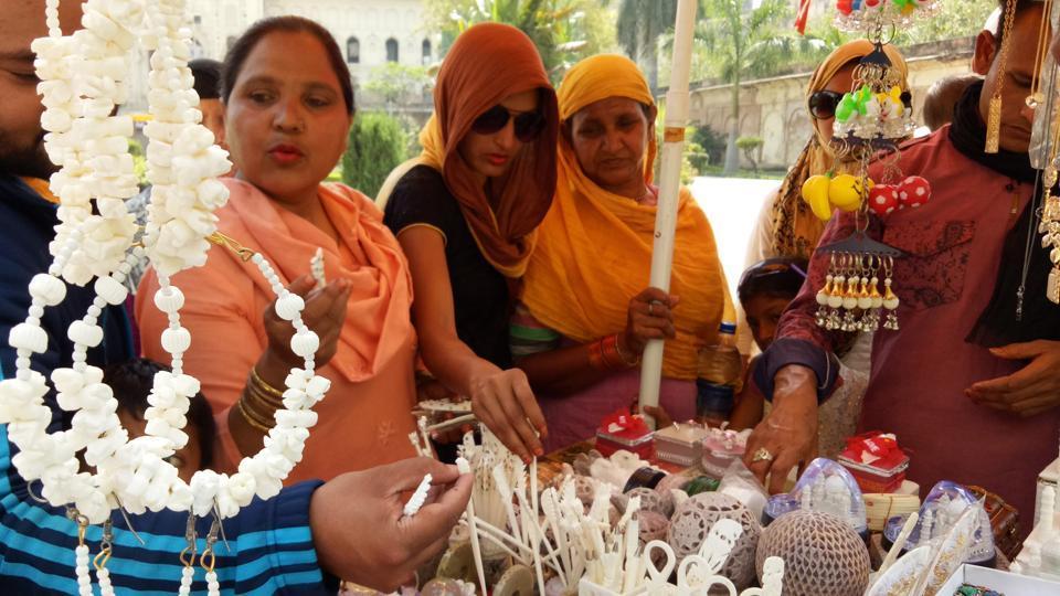 Bone craft,Artisans,Illegal slaughtehouse ban