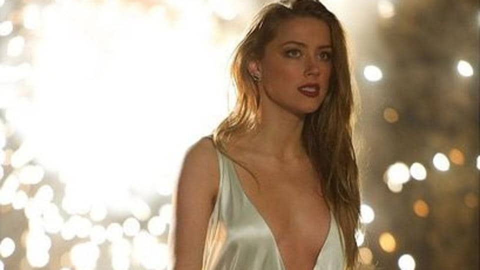 Amber Heard Nude And Sex Scenes From The Informers