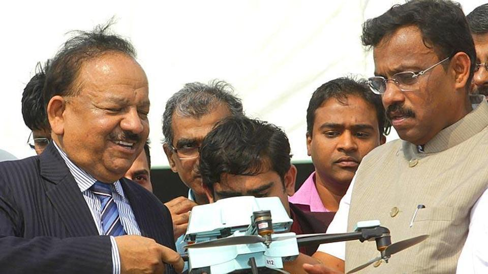 Union minister for science and technology Harsh Vardhan at the 102nd Indian Science Congress in Mumbai.
