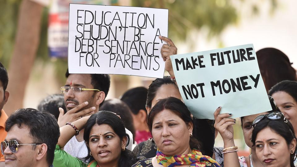Parents and students of the Blue Bells Model School in Gurgaon's Sector 4 held a protest on Saturday against the fee hike.