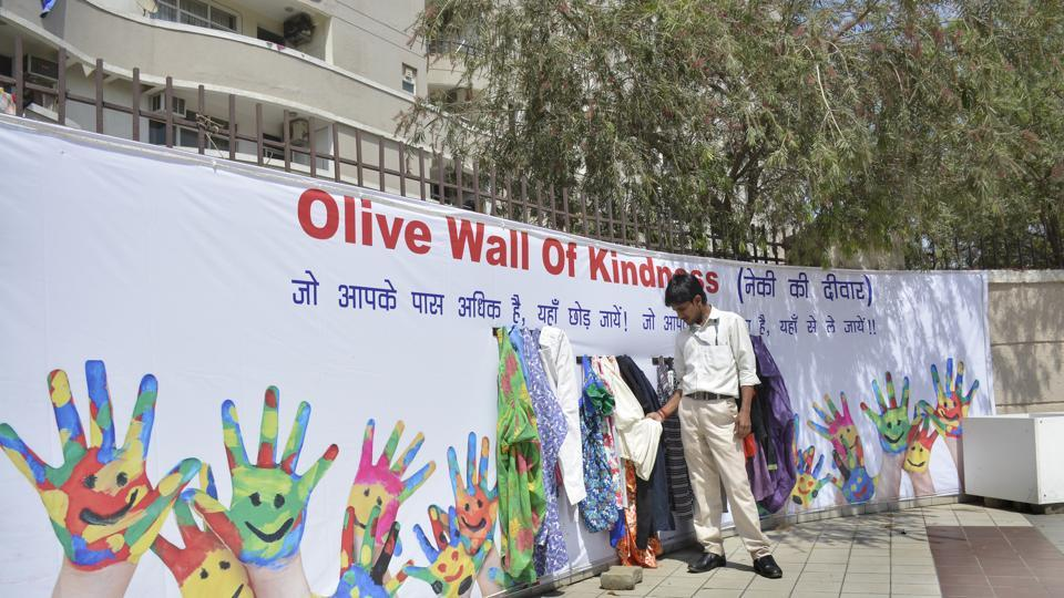 Residents of Olive County residential society in Vasundhara have set up a 'Wall of Kindness' or 'Neki ki Deewar'.