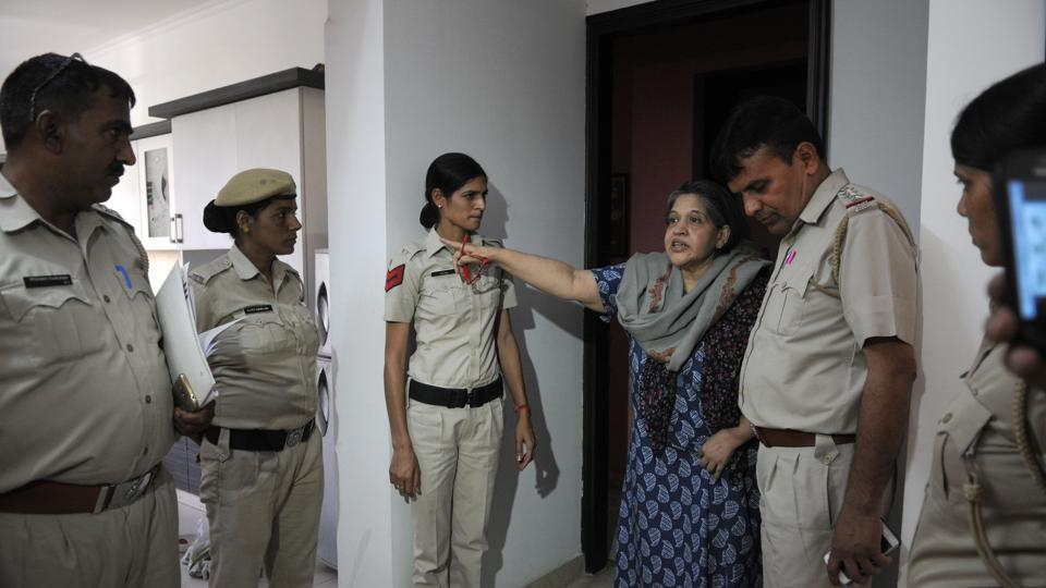 Neelam Singh, a professor of medieval and American history, alleged that the police were not helping her.