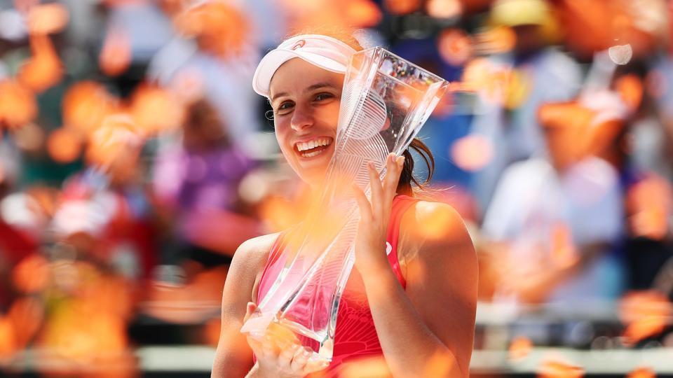 Johanna Konta achieved her first WTAtitle as she beat Caroline Wozniacki to clinch the Miami Open title.