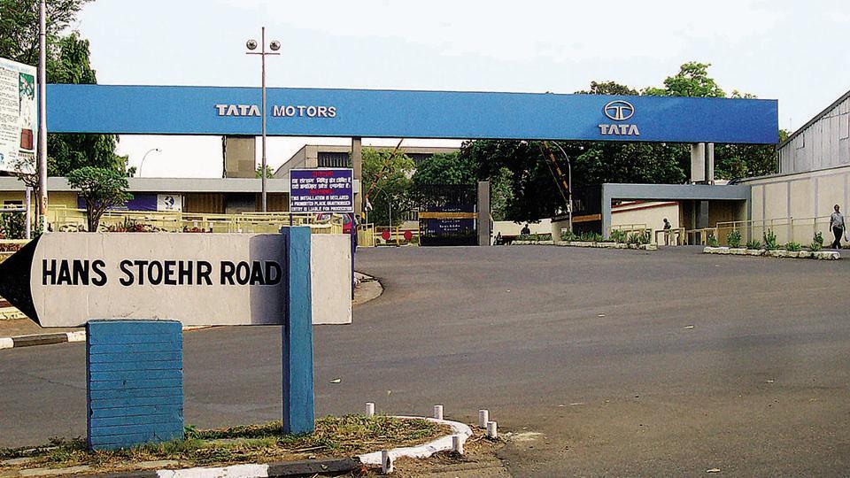 Tata Motors plant in Jamshedpur .