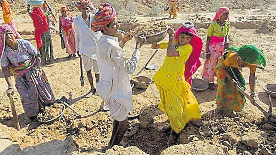 Data reveals that only 47.5% workers in government's rural job scheme, MGNREGA, received their wages within 15 days of work in the financial year that ended on March 31.