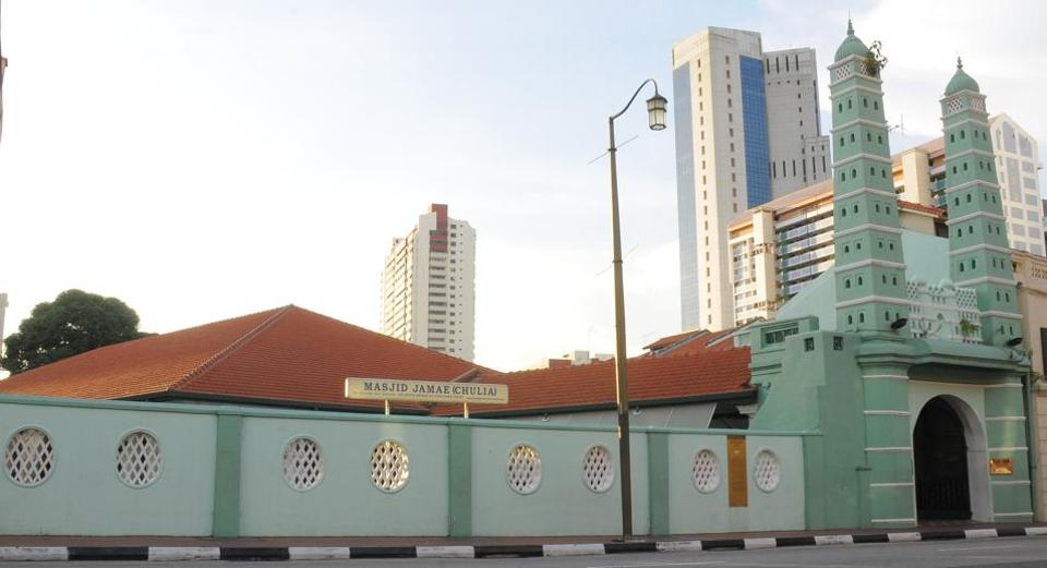 File photo of Singapore's Masjid Jamae Chulia, whose chief imam, Nalla Mohamed Abdul Jameel, has been fined S$4,000 for remarks against Christians and Jews during a Friday sermon.