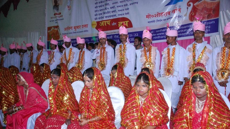 Mass marriage held at Sahara States in Jankipuram.