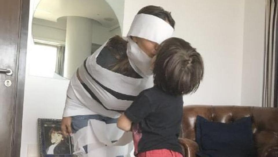 AbRam turned his mom Gauri into an Egyptian mummy.