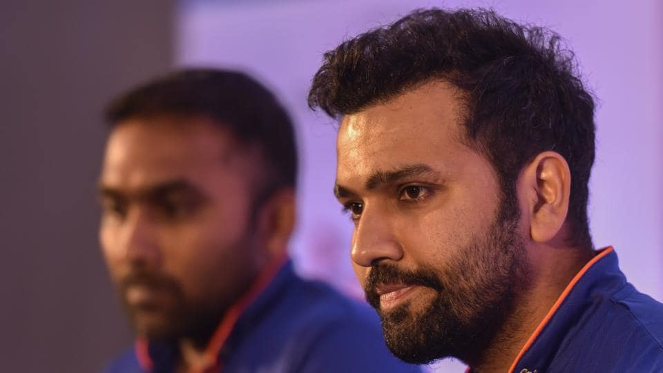 In what is turning up to be a season of injuries in the Indian Premier League, Mumbai Indians head coach Mahela Jayawardene and captain Rohit Sharma (who himself is coming back from an injury layoff) will be hoping their team remain fighting fit through the long season. (Kunal Patil/HT Photo)