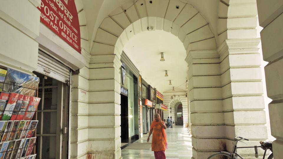Before the construction of Connaught Place, the post office was only a single story building. It found a place in the A block, Inner Circle from 1933.  (Anmol Wahi/Ht Photo)