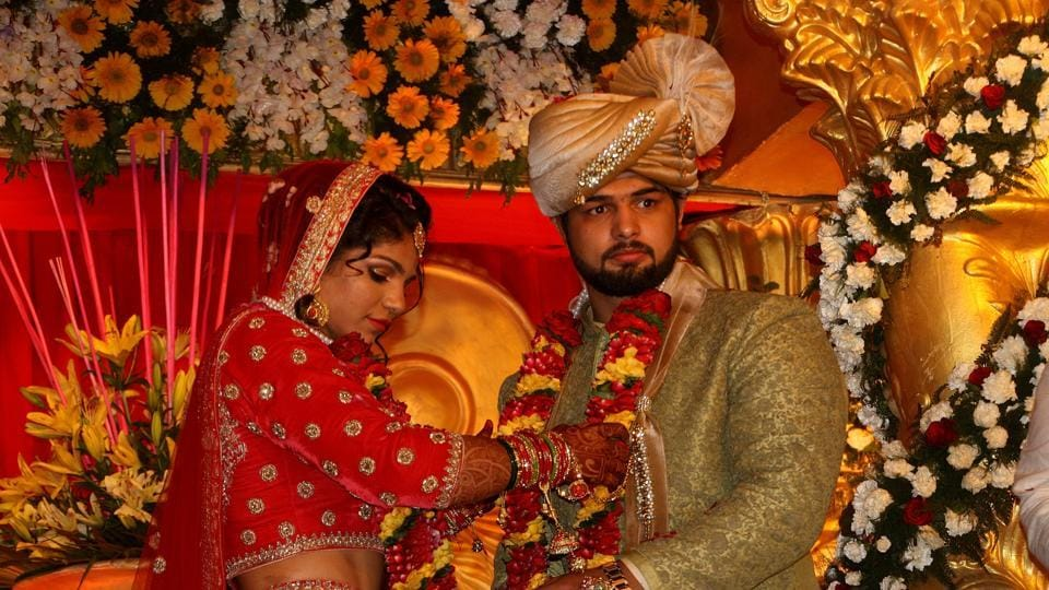 Sakshi Malik, who won the bronze medal in wrestling in Rio 2016, tied the knot with Satyawart Kadian during the wedding ceremony  in Rohtak. (Hindustan Times)