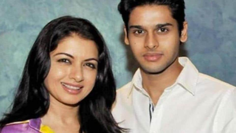 Bhagyashree with her son Abhimanya Dassani at a film's screening. (File photo)