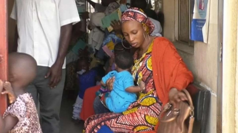 Nigerian and international health officials say a meningitis epidemic has killed 336 children amid fears it could spread across the border to Niger.