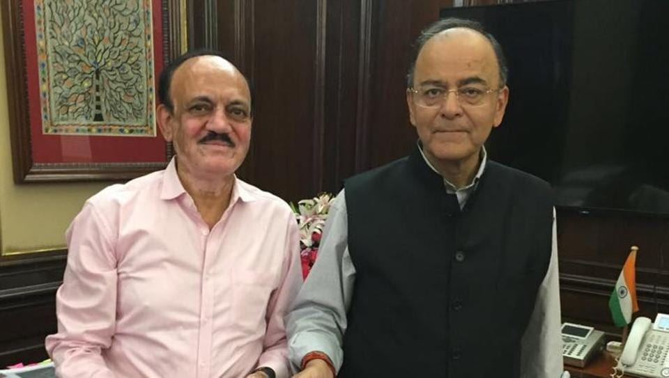 BCCI's senior vice-president CK Khanna met Finance Minister Arun Jaitley on Tuesday to invite him to watch IPL 2017 matches in New Delhi.