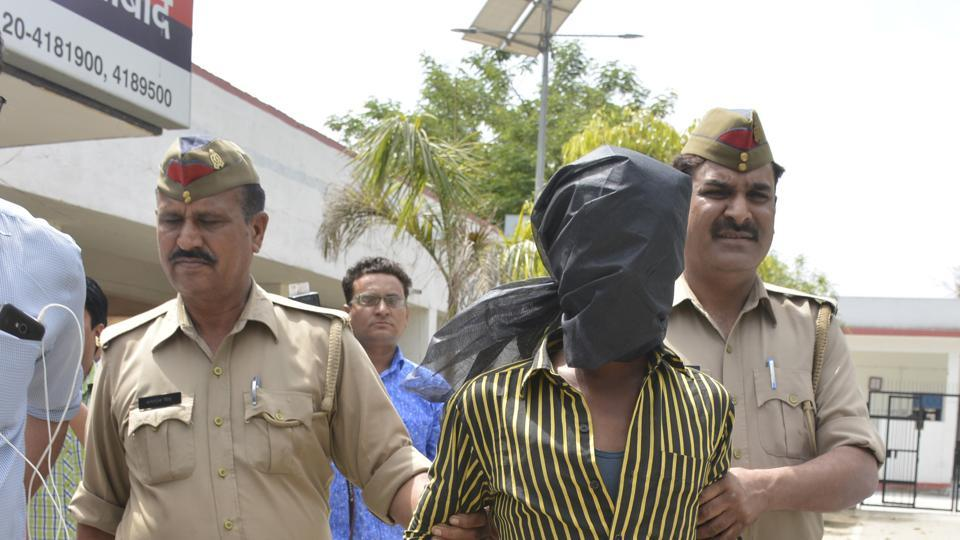 Ghaziabad,minor raped,gangrape