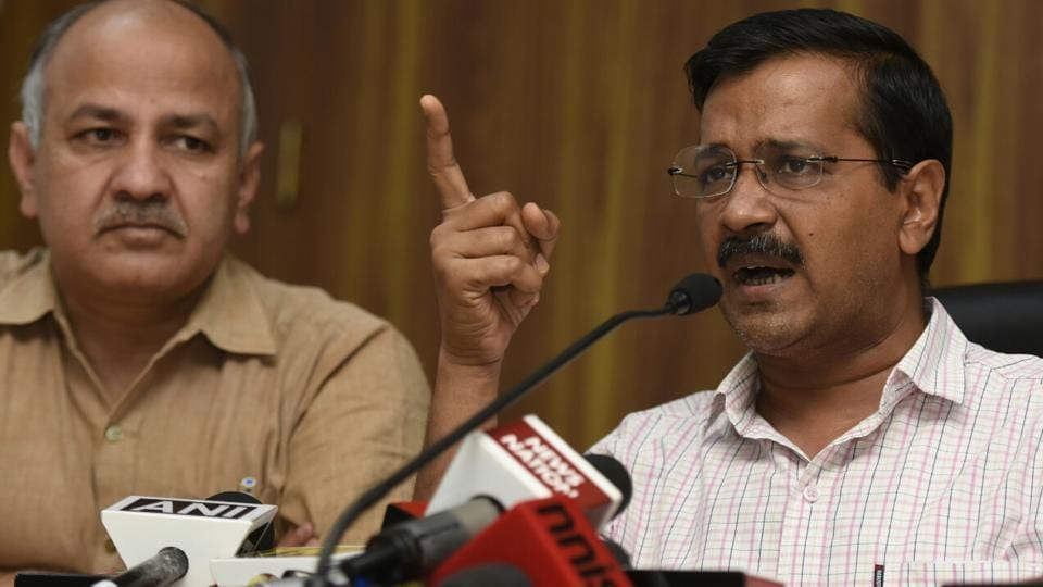 Delhi chief minister Arvind Kejriwal, with deputy CM Manish Sisodia at a press conference in New Delhi on Monday, April 03, 2017.