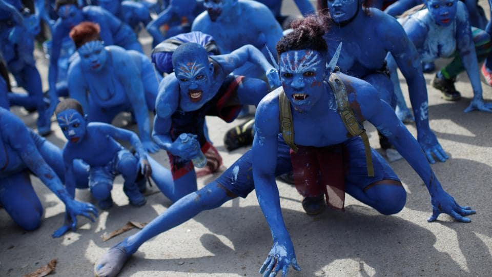 Director James Cameron has announced that the scripts for 4 sequels to Avatar are already finalised.