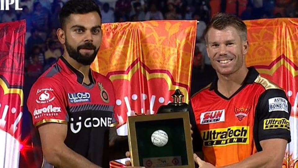 Virat Kohli (L) and David Warner during the Indian Premier League (IPL) 2017 opening ceremony.