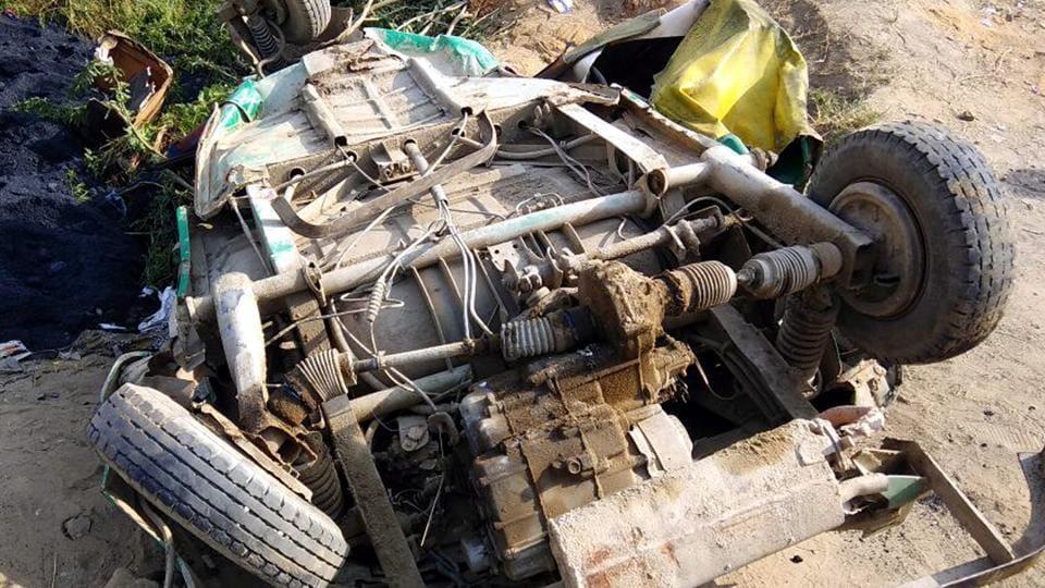 The incident occurred on Bikkaner-Jaisalmer highway on Tuesday night.