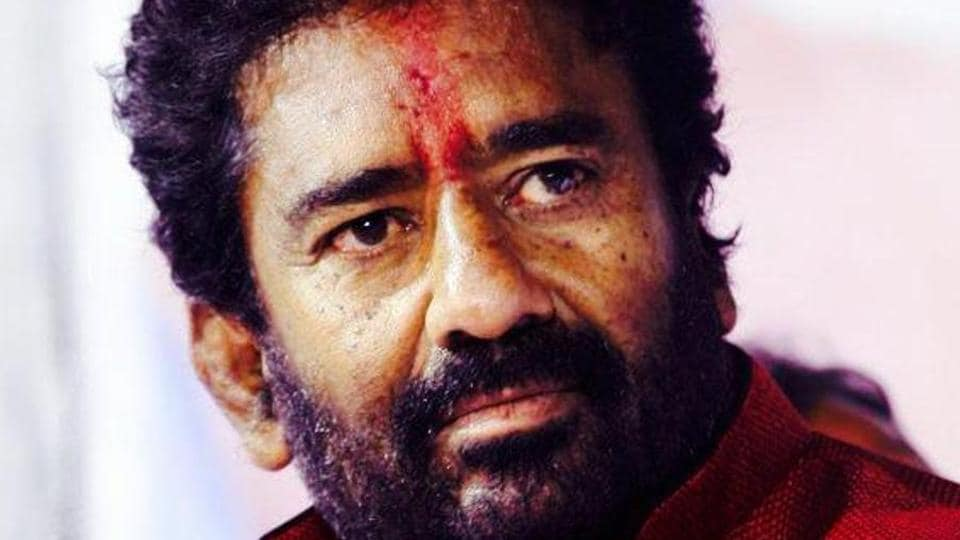 Ravindra Gaikwad was barred from flying by five private Indian carriers after he assaulted a Air India official.