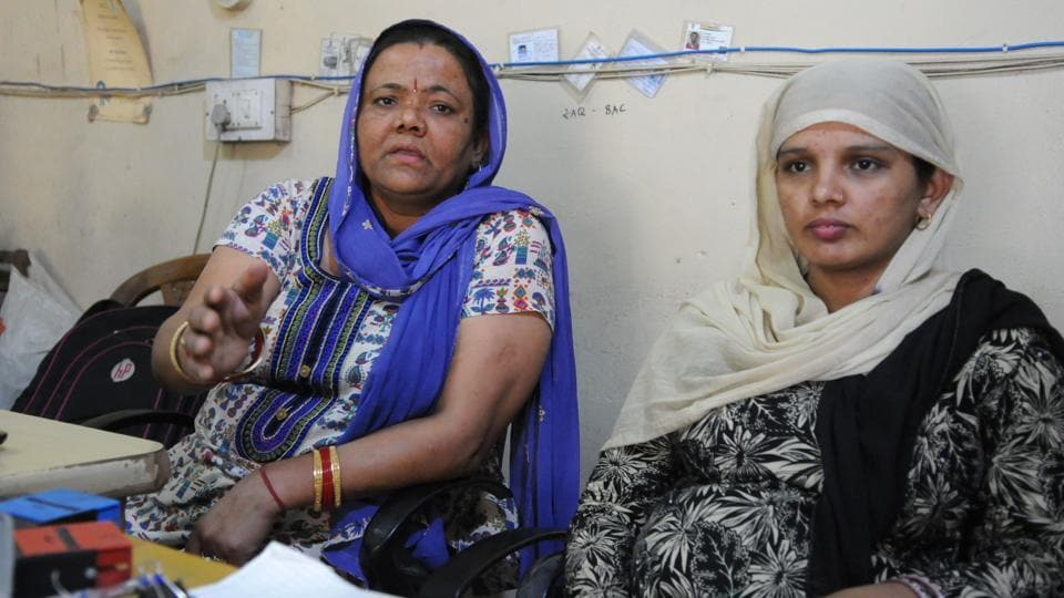 (From left) Poonam and Vimla. They will be recommended for the bravery award on Independence Day.