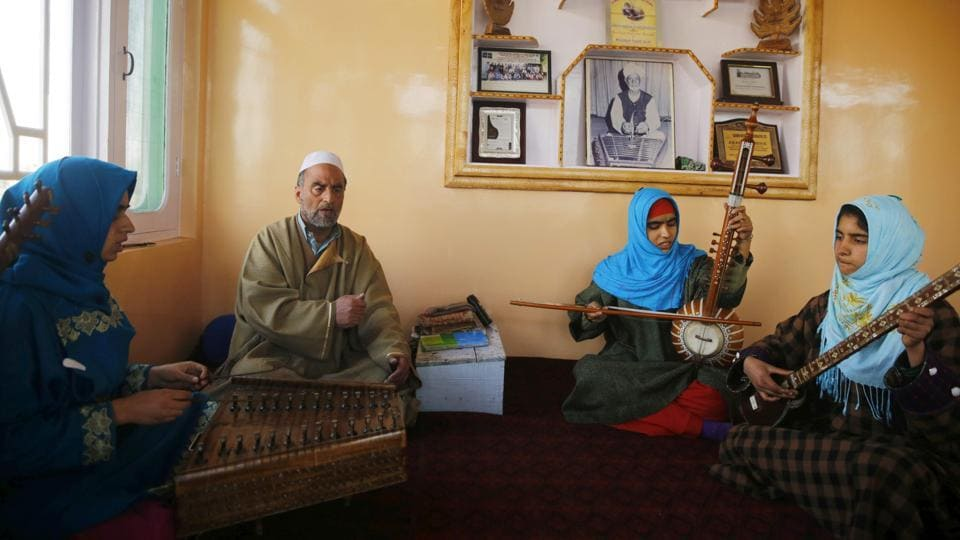 Sheikh faced opposition from both neighbours and soldiers and had to move the classes to a new location four times. Now he has trained nearly 50 Kashmiri women – although only a small minority continue to perform after marriage. (PARVAIZ BUKHARI / AFP)