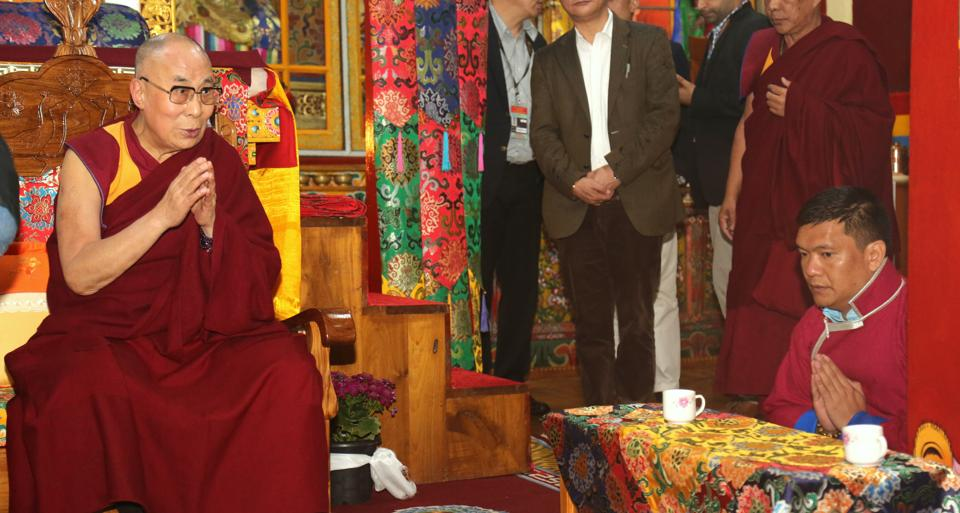 Tibetan spiritual leader the Dalai Lama arrives in Bomdila in West Kameng district of Arunachal Pradesh on Tuesday. (HT Photo)