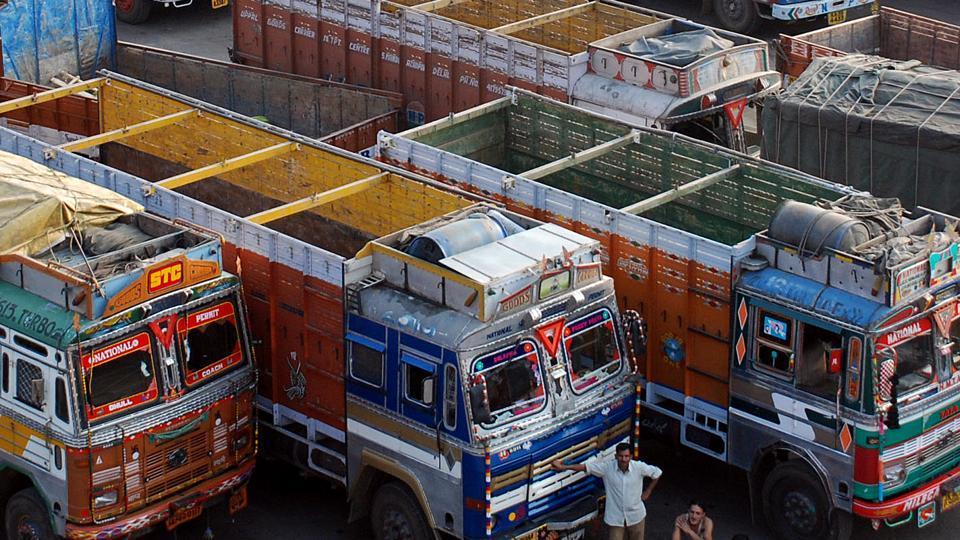 truckers' strike,Maharashtra Rajya Truck Tempo Bus Vahatuk Mahasangh,Mumbai Bus Malak Sanghatana
