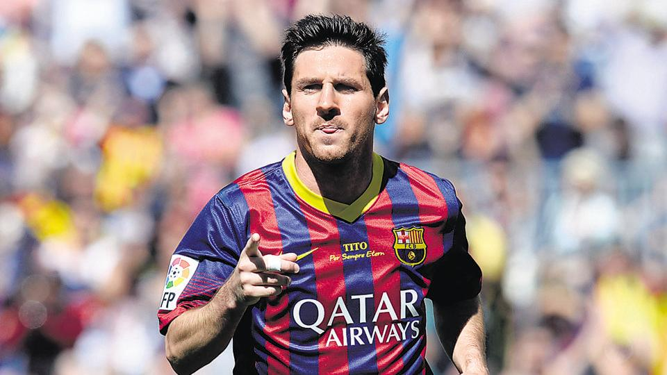 Lionel Messi scored twice as FC Barcelona cruised to a 3-0 win over Sevilla FC.