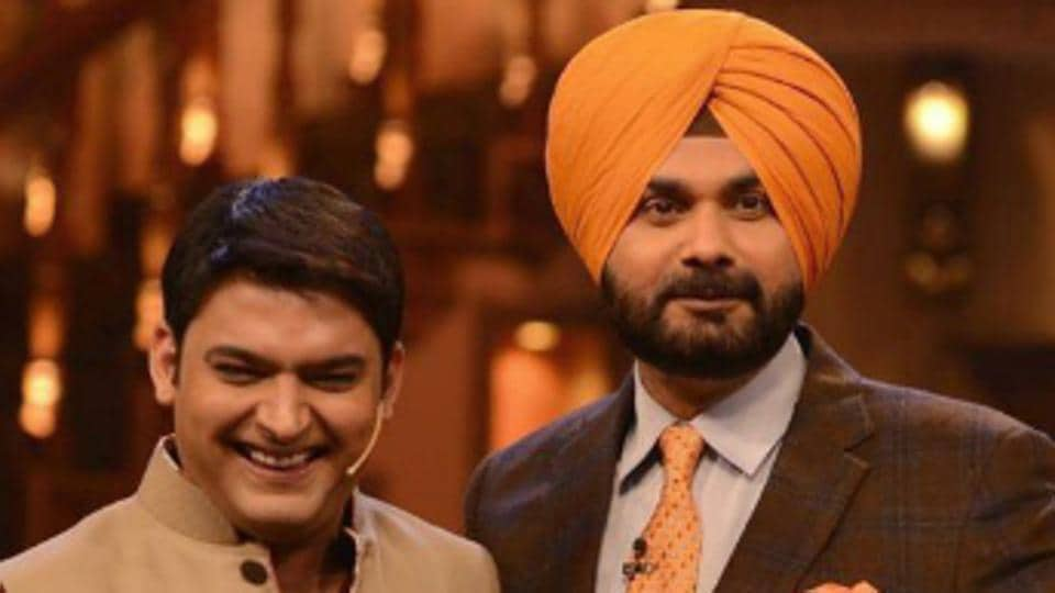 Navjot Sidhu (R) with Kapil Sharma.