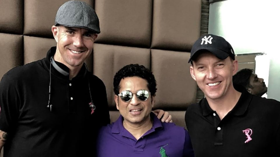 Brett Lee posted a picture of himself with Sachin Tendulkar and Kevin Pietersen.