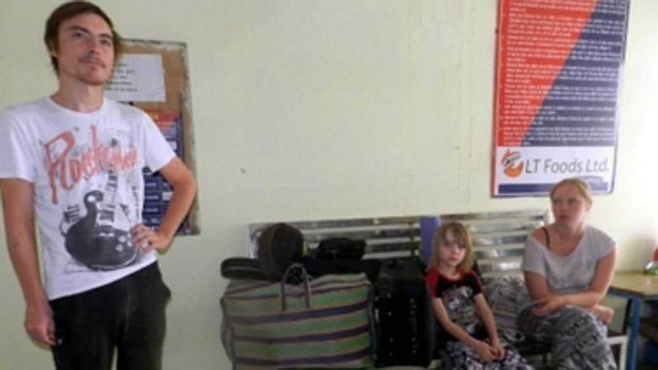 Russia resident Mareshev Alaxander, who was on India tour with his family, had boarded the Dadar Express from Maharashtra's Manmad station for Haryana's Ambala. When the family woke up on Wednesday morning at Delhi Sabzi Mandi station, they found their valuables such as laptop, passport, cash and cards missing.