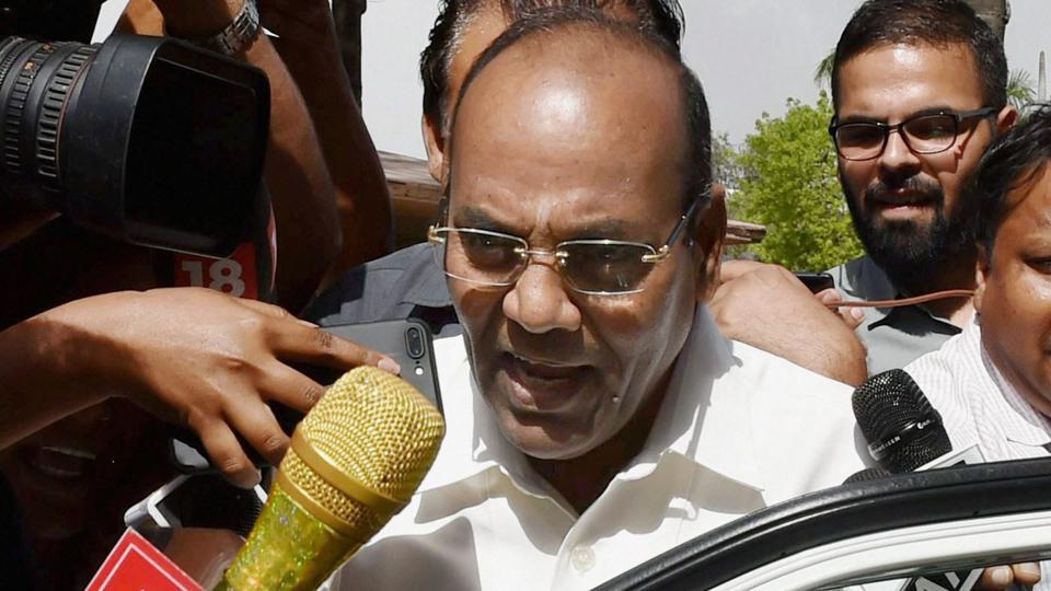 Union minister Anant Geete talks to the media at Parliament in New Delhi on Thursday during the budget session.
