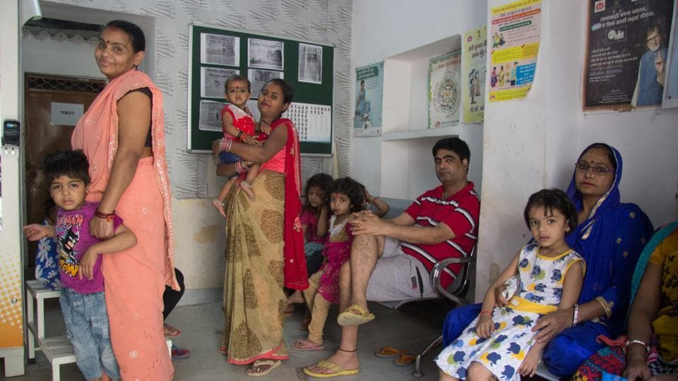Mohalla Clinics have extended the reach of health service to a demographic of people who need it the most in a city-state such as Delhi. The reach of health care in India is still lacking but strides in the right direction are being made by the government and NGOs alike. (Vageesh Lall/ht photo)