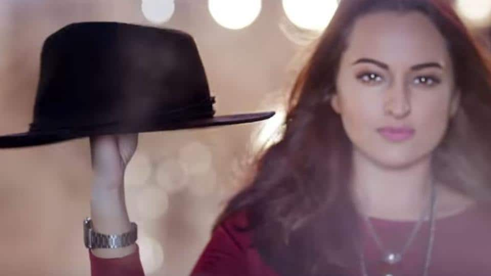 Sonakshi Sinha in a still from Gulabi retro mix, a new song from Noor.