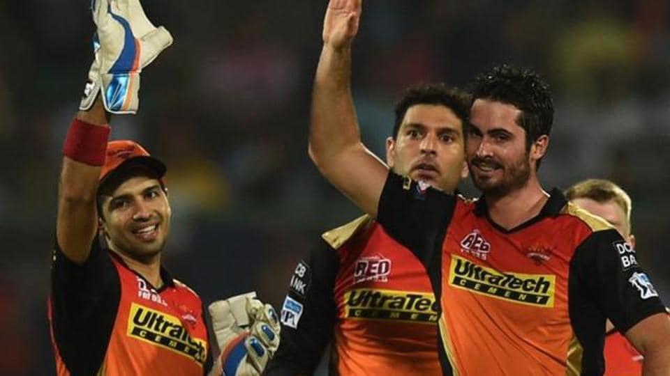 Sunrisers Hyderabad (SRH) all-rounder Ben Cutting (right) was handy in his team's win over Royal Challengers Bangalore (RCB) in the opening encounter of the 2017 Indian Premier League (IPL).