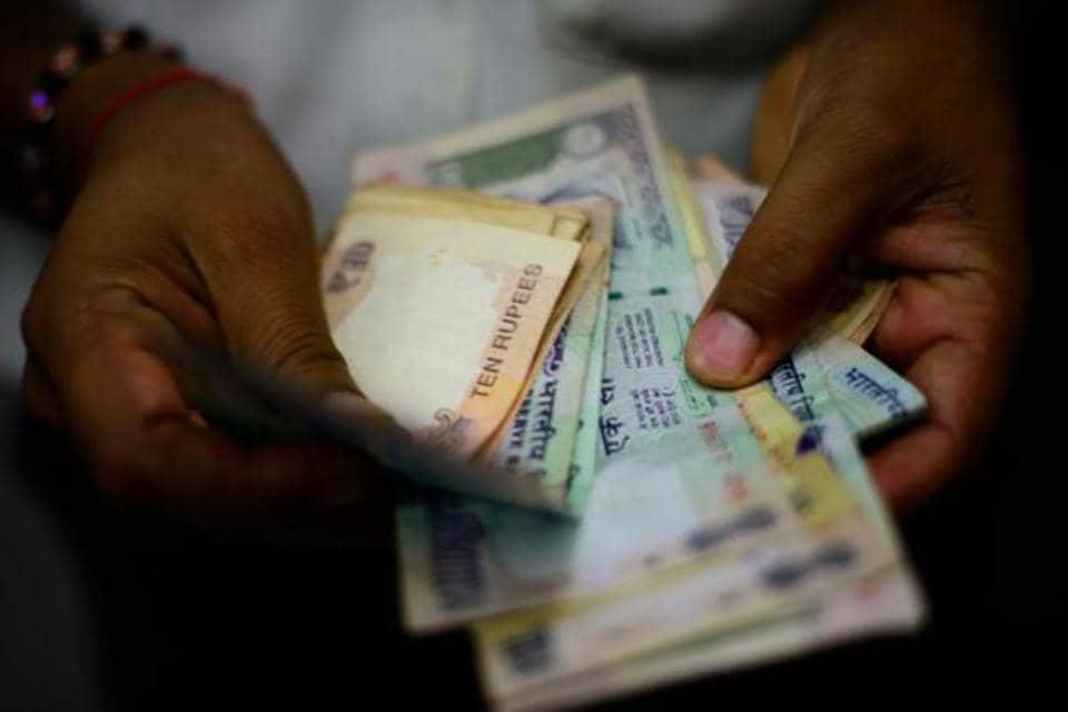 tax evasion,demonetisation,cashless