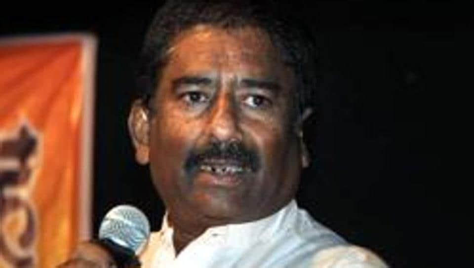 State carrier Air India barred Ravindra Gaikwad after he allegedly assaulted its staffer.