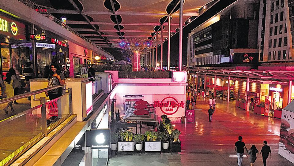 The Supreme Court ban on the sale of liquor have hit pub operators in CyberHub hard.