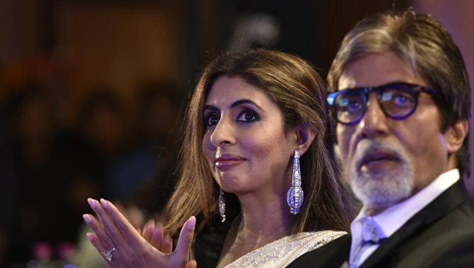Shweta Nanda Bachchan with her father Amitabh Bachchan at the Hindustan Times Most Stylish Awards 2016 in Mumbai.